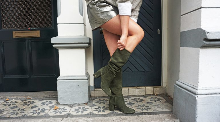 Stiefel mit gerafftem Schaft