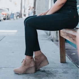 Sneaker mit Keilabsätzen und Plateausneaker Damen