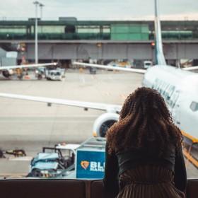 Das perfekte Flug Outfit: 3 Travel Styles