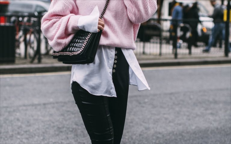 Die lockere Longbluse: 1 Trend, 4 Styles