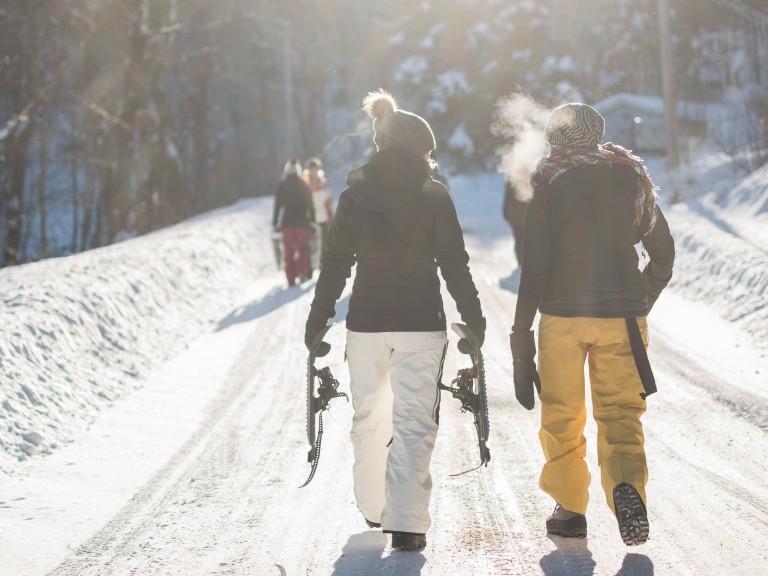Day to night: 3 Wege, wie du dein Ski Outfit in ein Après Ski Outfit verwandelst-7732