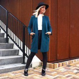 Bunt ist das neue Schwarz: Wir tragen farbige Mäntel im Winter