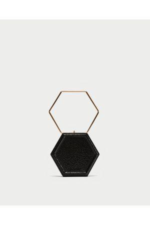 Zara GEOMETRISCHE CLUTCH - In weiteren Farben verfügbar