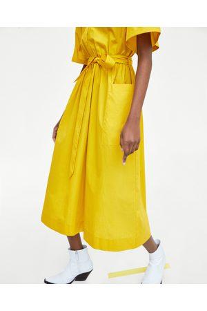 Zara kleid gelb blumen