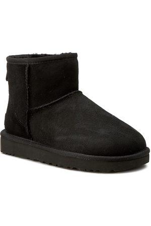 UGG Schuhe - W Classic Mini II 1016222 W/Blk