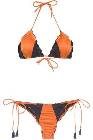 Brigitte Bikini im Kontrast-Look