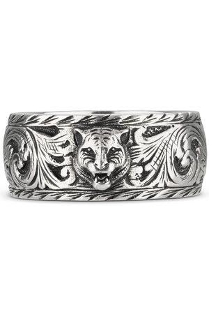 Gucci Schmaler Ring aus Silber mit Felinekopf