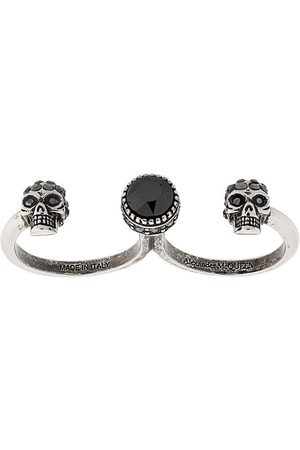 Alexander McQueen Zwei-Finger-Ring mit Totenköpfen