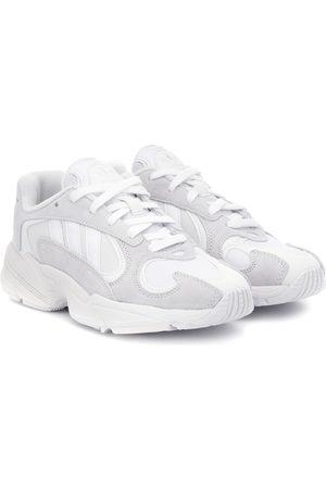 adidas Sneakers Yung-1