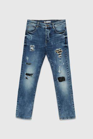 Zara Jeans mit rissen und aufnäher