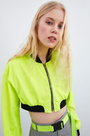 Zara Bomberjacke im cropped-schnitt