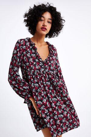 Weibes zara kleid mit blumenstickerei