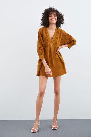Zara Overall-kleid mit lochstickerei