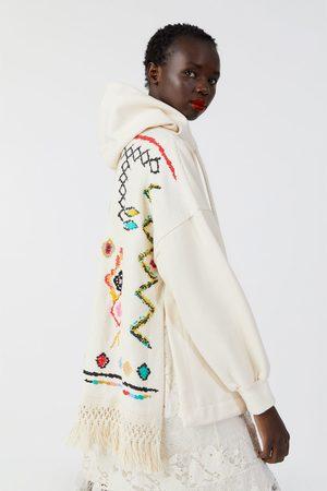Zara Oversize-sweatshirt mit fransen