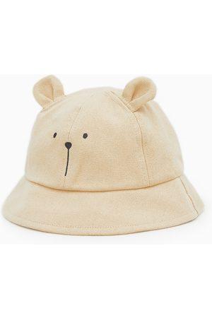 Zara Hut mit ohren