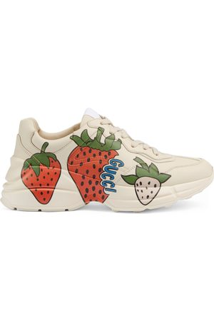 Gucci Rhyton Damensneaker mit Strawberry