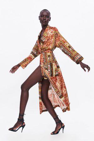 Zara Fliessender mantel mit print