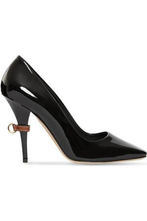 Burberry Pumps mit D-Ring