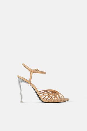 Zara Sandalette mit plexiglas-absatz