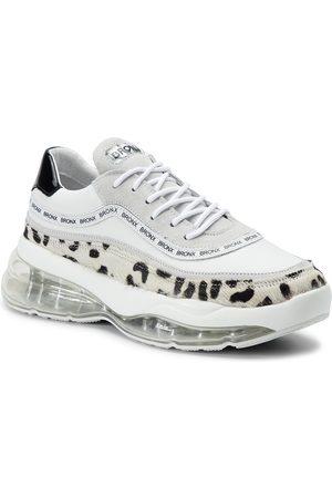 Bronx Sneakers - 66260-HA BX 1562 Dalmation/White/Black 3025