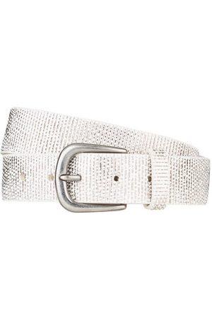 Schuchard & Friese Der Ledergürtel von ist ein vielseitiges Essential. Das Modell aus Leder wird von einem metallischen Print sowie einer antiksilberfarbenen Dornschließe akzentuiert. Erweitern Sie Ihre Accessoire-Auswahl! Details: Leder mit metallischem