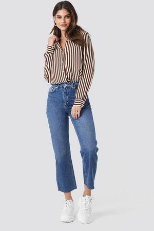NA-KD Damen Straight - Raw Hem Straight Jeans - Blue