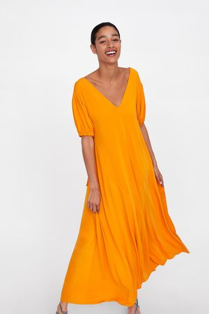 Zara Kleid mit kurzen ballonärmeln