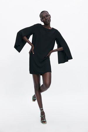 Zara Damen Kleider - Kleid mit schlitzen an den ärmeln