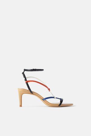 Zara Mittelhohe sandale mit buntem riemchen