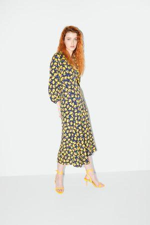 Zara Ledersandale mit absatz und bindebändern
