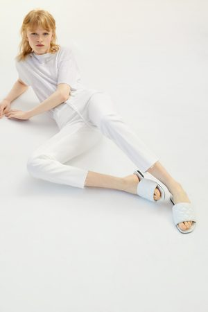 Zara Flache gesteppte sandale