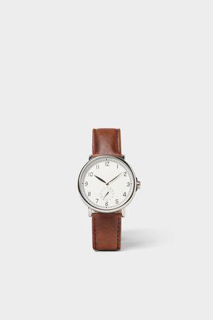 Zara Armbanduhr im vintage-look mit lederarmband in braun