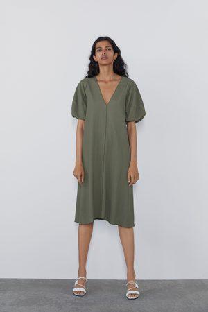 Zara Kleid mit textur