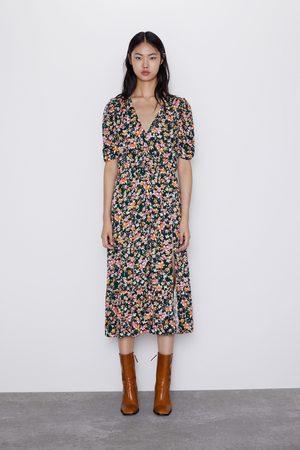 Zara Kleid mit blumenmuster und schlitz