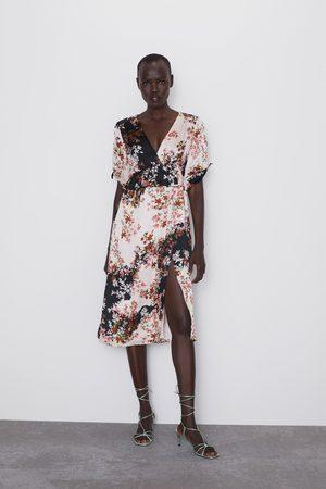 Zara Kleid mit blumenmuster und volant