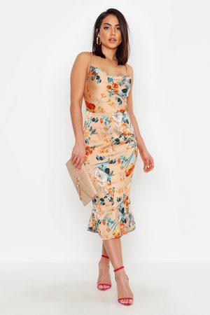 Boohoo Womens Geblümtes Spaghettiträger-Kleid Aus Satin Mit Wasserfallausschnitt Und Trompetenrock - - 34