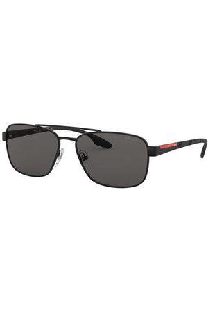 Prada Linea Rossa Eine klare Form, klassische Details und ein sportives Finish: das ist die Sonnenbrille PS 51 US von . Das stilvolle Modell begeistert mit rechteckigen, eingefassten Gläsern und einem doppelreihigen Steg im Retro-Look. Die Bügel sind durc