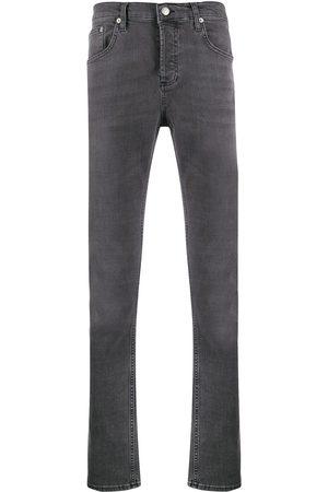 Sandro Schmale Jeans