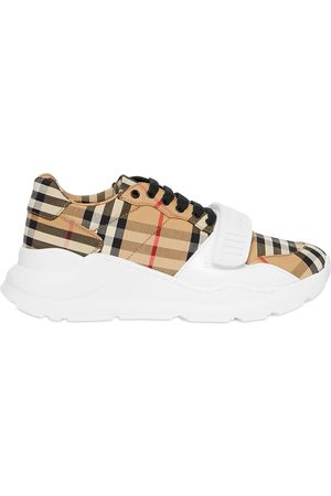 Burberry Sneakers mit Vintage-Check