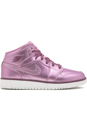 Nike Sneakers - TEEN Air Jordan 1 sneakers
