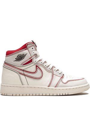 Jordan Kids Sneakers - TEEN 'Air Jordan 1 Retro High OG' Sneakers