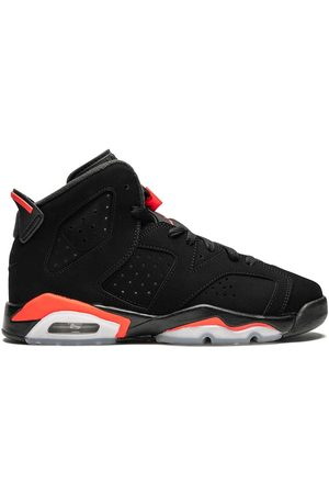 Nike Kids TEEN Air Jordan 6 sneakers
