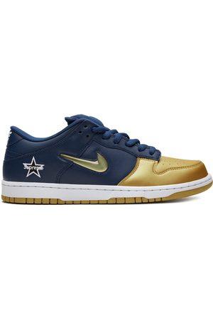 Nike X Supreme 'SB Dunk OG' Sneakers