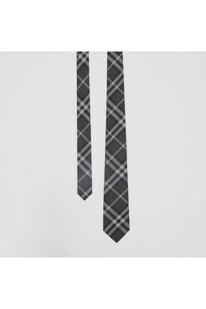 Burberry Klassisch geschnittene Seidenkrawatte im Vintage Check-Design, Grey