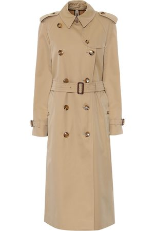Burberry Trenchcoat The Waterloo Heritage