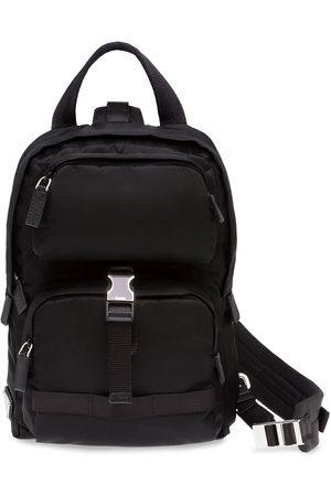 Prada Herren Rucksäcke - Rucksack mit einem Riemen