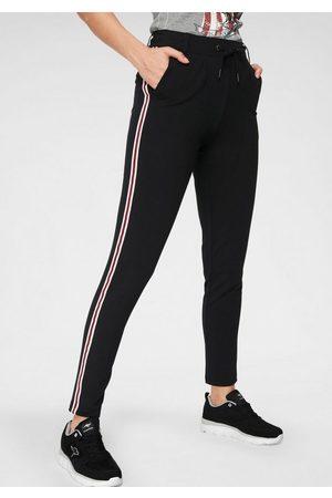 KangaROOS Jogger Pants mit seitlichem, aufgesetztem Galan-Streifen