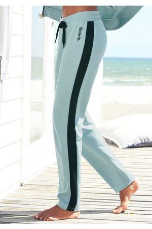 Bench Sweathose mit Seitenstreifen und geradem Bein