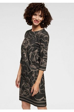 Aniston Jerseykleid im interessanten Allover-Print