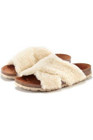 Lascana Pantolette Pantolette Hausschuh mit bequemen Korkfußbett und kuscheligem Fellimitat